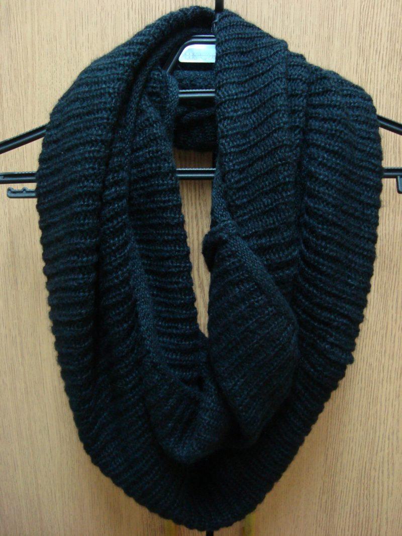Черен шал H&M