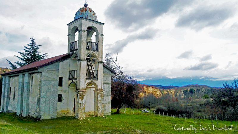 """Незавършената църква """"Св. св. Кирил и Методий"""""""