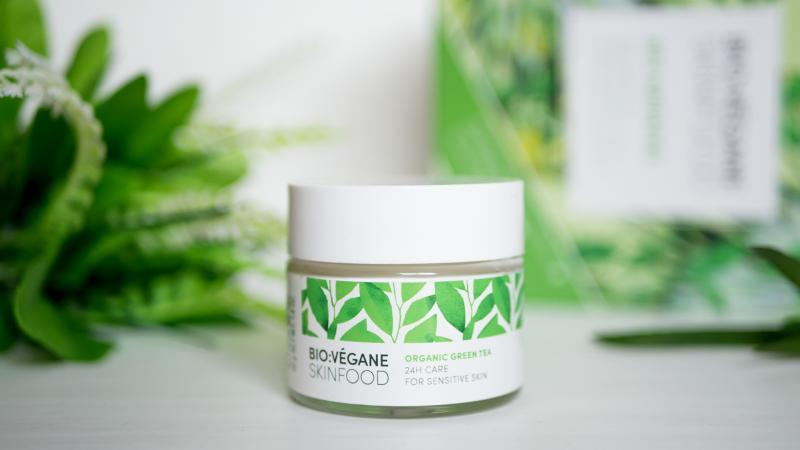 Крем за лице BIO:VEGANE SKINFOOD със зелен чай за чувствителна кожа