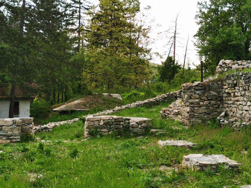 Руините на крепостта в Берковското кале
