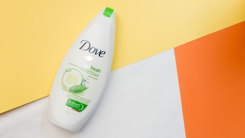 Душ гел Dove Go Fresh с краставица