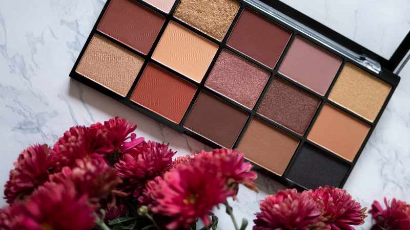 Makeup Revolution London Reloaded Velvet Rose