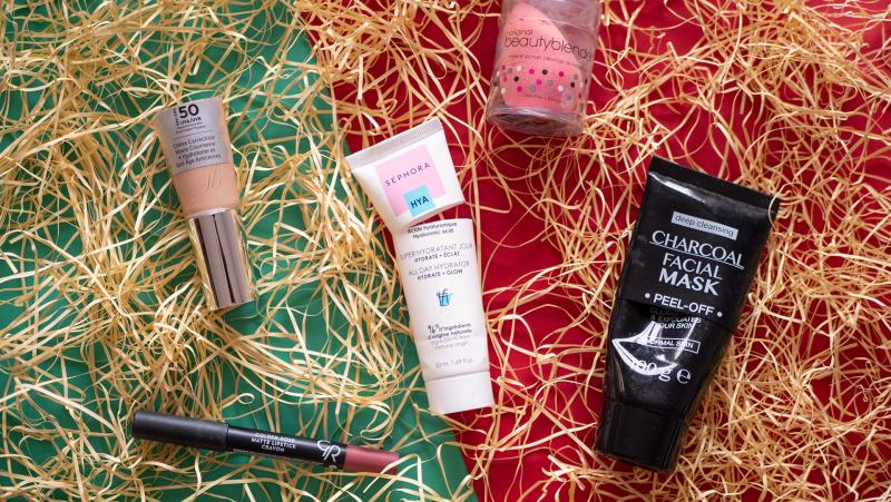 it cosmetics! CC+ крем, бюти блендър, отлепяща маска срещу черни точки, хидратиращ крем за лице Sephora HYA, червило-молив GR